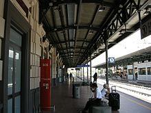 220px-Stazione_di_prato_centrale,_binari_02