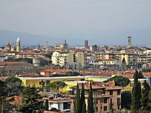 800px-Panorama_di_Prato_Dal_Cupolin_degli_Ori_2