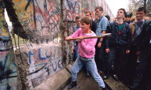 muro-di-berlino-caduta-9-novembre-1