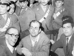 Piero-Calamandrei-e-Danilo-Dolci-Non-si-può-processare-larticolo-4-della-Costituzione-Copia-300x227