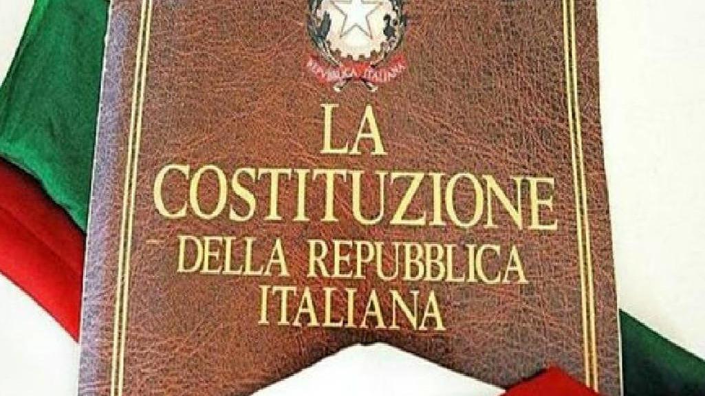 costituzione-italiana-544885