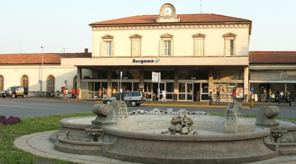 Bergamo_stazione_treno