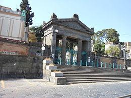 Cimitero_Poggioreale_ingresso