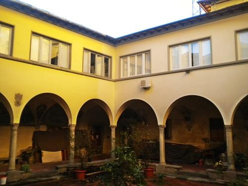 San_Bartolomeo-Prato-cloister_14