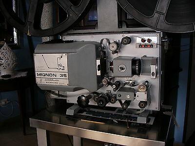 Cine-Proiettore-Portatile-Microcine-Mignon-35-Xenon-500