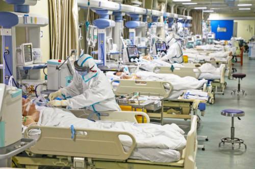 si-allenta-la-morsa-del-coronavirus-alle-terapie-intensive